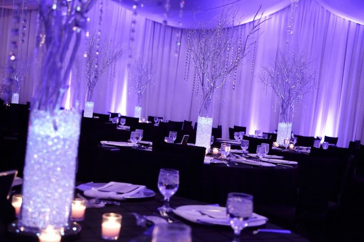 I like the sparkly centerpieces :)
