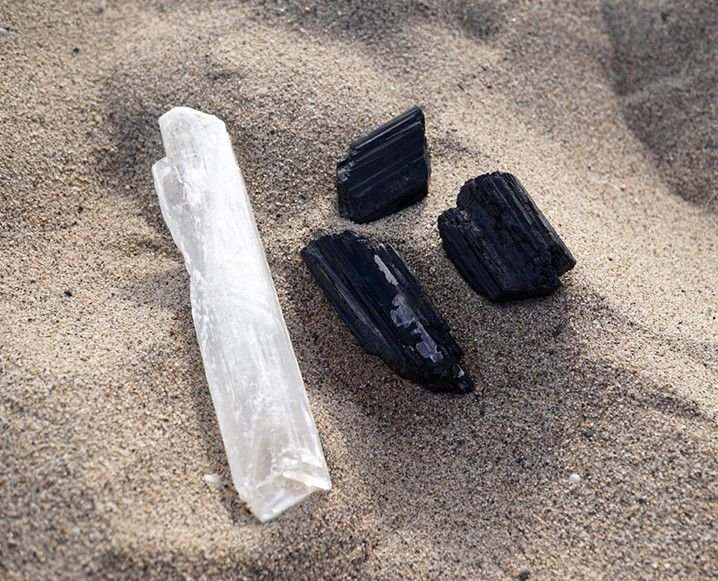 LET GO OF NEGATIVITY WITH A CRYSTAL DETOX: Talking out loud to ourselves and holding crystals might seem weird at first, but these rituals are designed to get us clear on our intentions/
