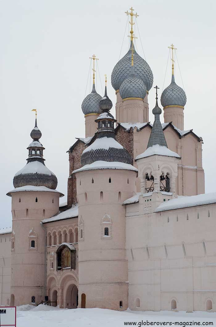Walls and Gate Church of the Resurrection, Kremlin, Rostov Veliky, Russia