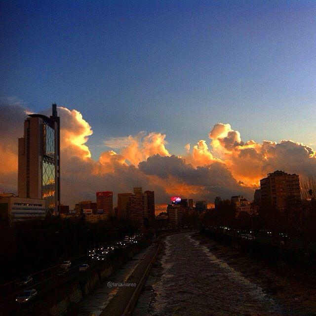 Maravilla de #Atardecer en #Stgo de #Chile