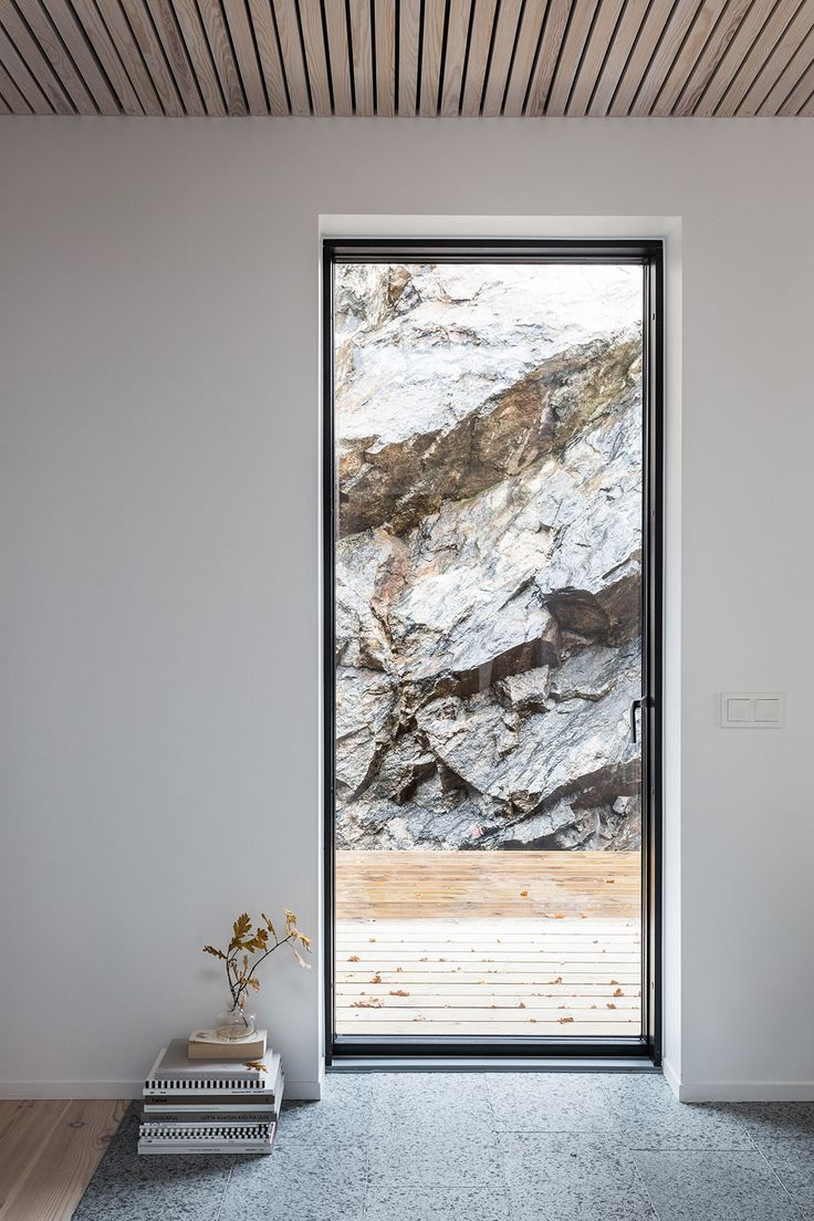 Villa Olausson - beautiful contemporary minimal glass door