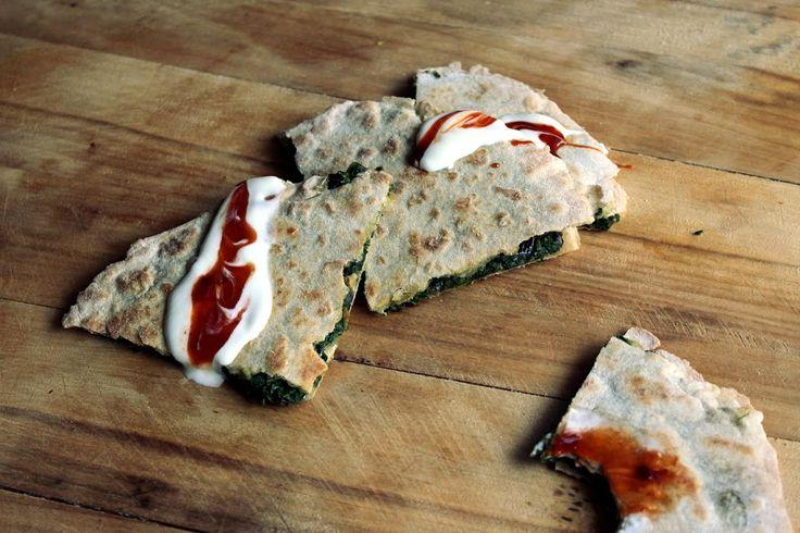 Razowa quesadilla ze szpinakiem – Dietetyczne niebo