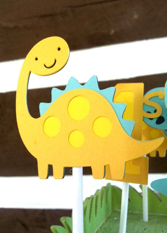 12 Dinosaur cupcake toppers by Kirascollection on Etsy