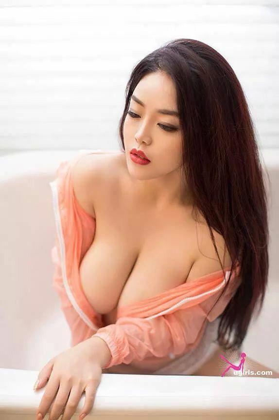 Asia Big Titts Cup D 51