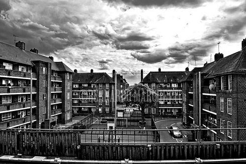 londra mon amour CXXII - cloudy day on shadwell gardens