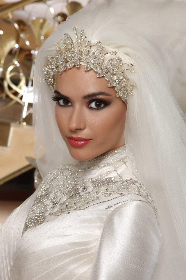 Bridal Hijab, veil, headscarf, hijabi bride #PerfectMuslimWedding.com