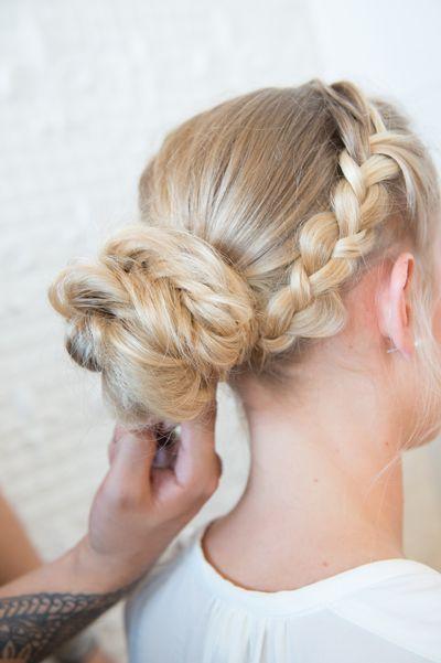 tutoriel coiffure chignon party de noel panache blond story