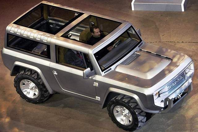 2016 Ford Bronco Concept top. Would still rather have an old one but this is pretty cool. Hope Ford does a better job than Toyota did trying to make their FJ similar to old land cruisers.