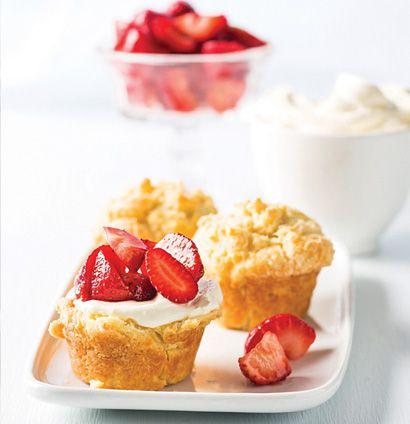 Yoghurt muffins with warm sticky strawberry preserve