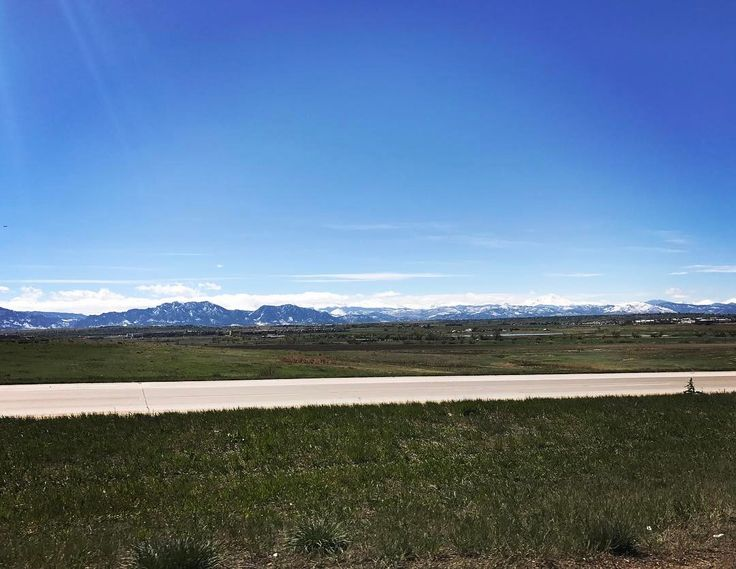 Leaving Colorado for 7-week roadtrip �� direction Florida, Alabama, Norway, Iceland, Switzerland, Germany, France, Belgium, and back to Colorado ���� #travel #travelphotography #explore #extraordinary #eatclean #crossfit #reebok #reebokcrossfit #roadtrip #fitness #american #grateful http://tipsrazzi.com/ipost/1511901184633796395/?code=BT7Wh31lvcr