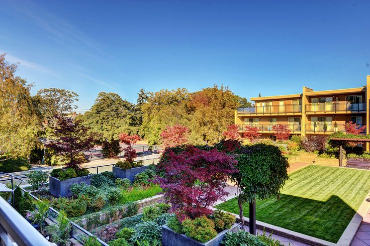 SOLD: A stunning condo in a park-like setting in Victoria BC. This Condo features 1 bedroom, 1 bathroom, Walking distance to shops and bus routes downtown