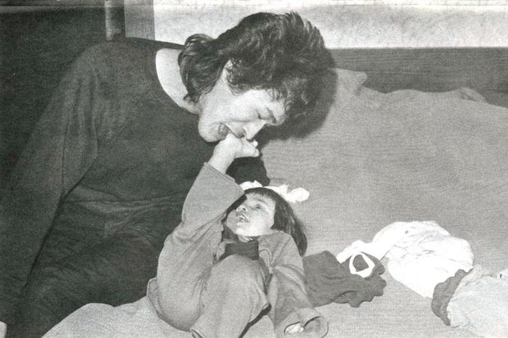 Виктор с сыном ~ Редкая фотография