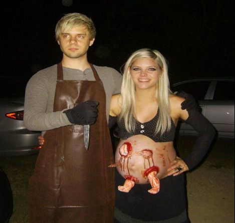 halloween couple costumes hahahaha love this - Pregnant Halloween Couples Costumes