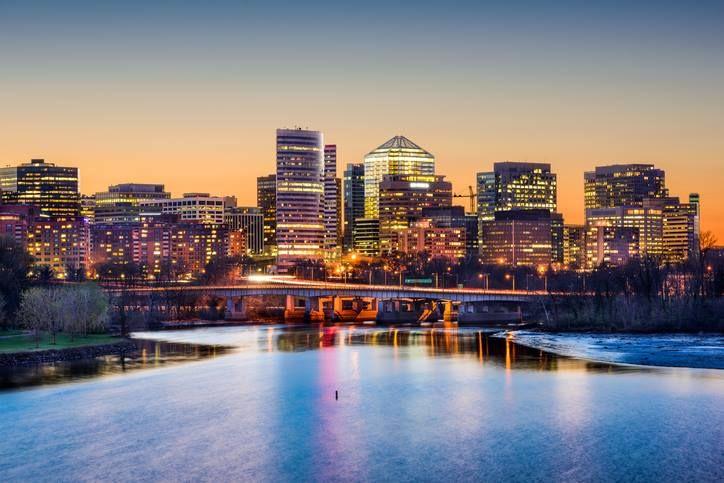 Arlington virginia arlington skyline and potomac river