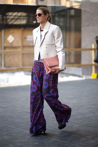 15 work outfits to wear to the office when it's chilly outside: