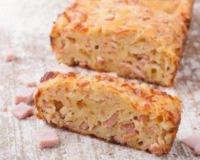 Cake diététique au jambon et yaourt : http://www.fourchette-et-bikini.fr/recettes/recettes-minceur/cake-dietetique-au-jambon-et-yaourt.html