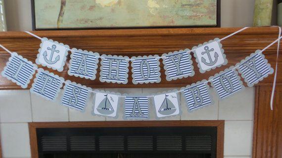 Vista su ducha bebé muchacho A bandera de bandera náutica