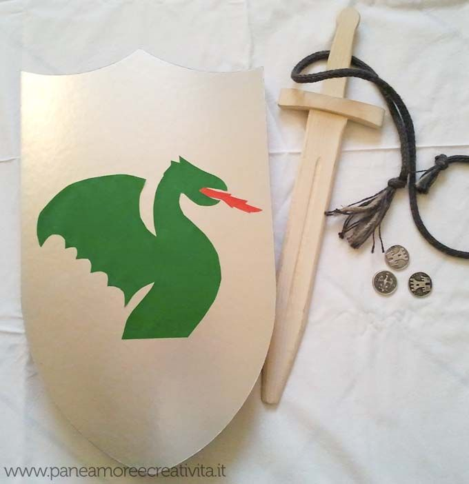 Cute tutorial for DIY dragon knight shield - use Google Translate#Repin By:Pinterest++ for iPad#