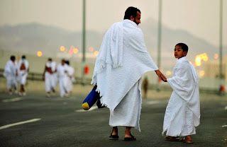 Untuk anda calon jamaah haji maupun umroh pasti sudah sibuk mencari-cari Biro Perjalanan Haji dan Umroh yang paling pas dari jauh-jauh hari kan? Baik itu terkait biaya, fasilitas, akomodasi, pendamping ibadah dan lain sebagainya.