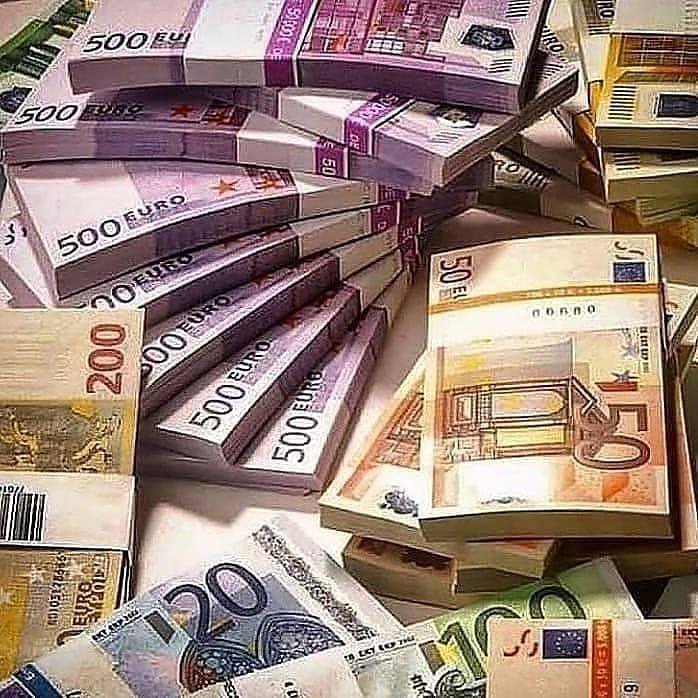 500 de euro în bitcoin)