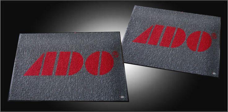 Tapetes personalizados con el logo de tu empresa.
