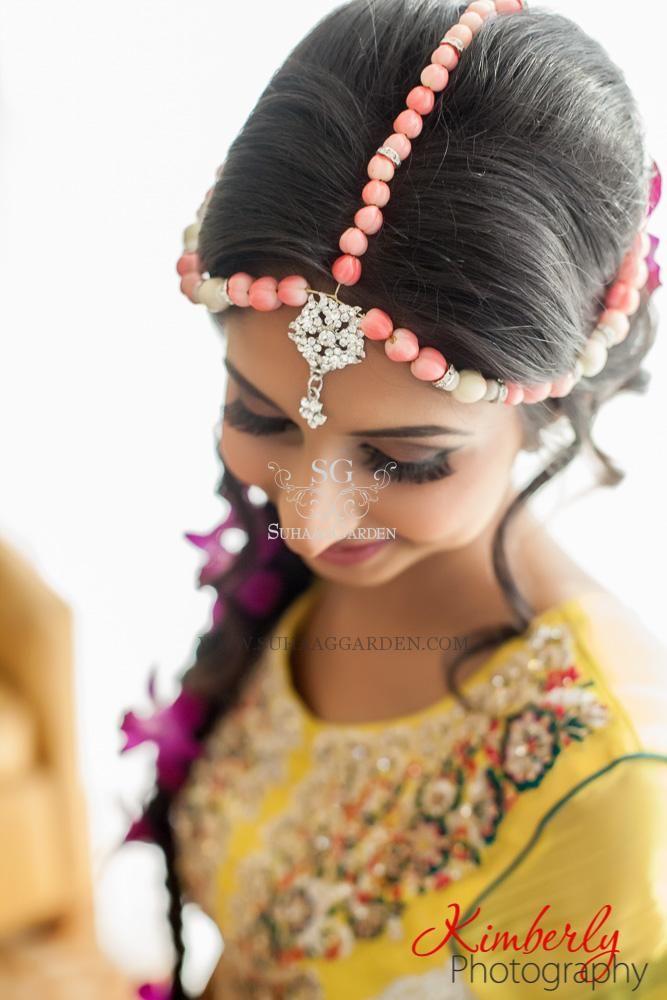 Suhaag Garden, tAnirika, custom handmade floral jewelry, berries and orchids, bracelets, earrings, head piece