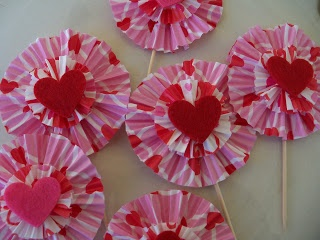 I Craft: Ballet Dresses and Colorful Cupcake Toppers