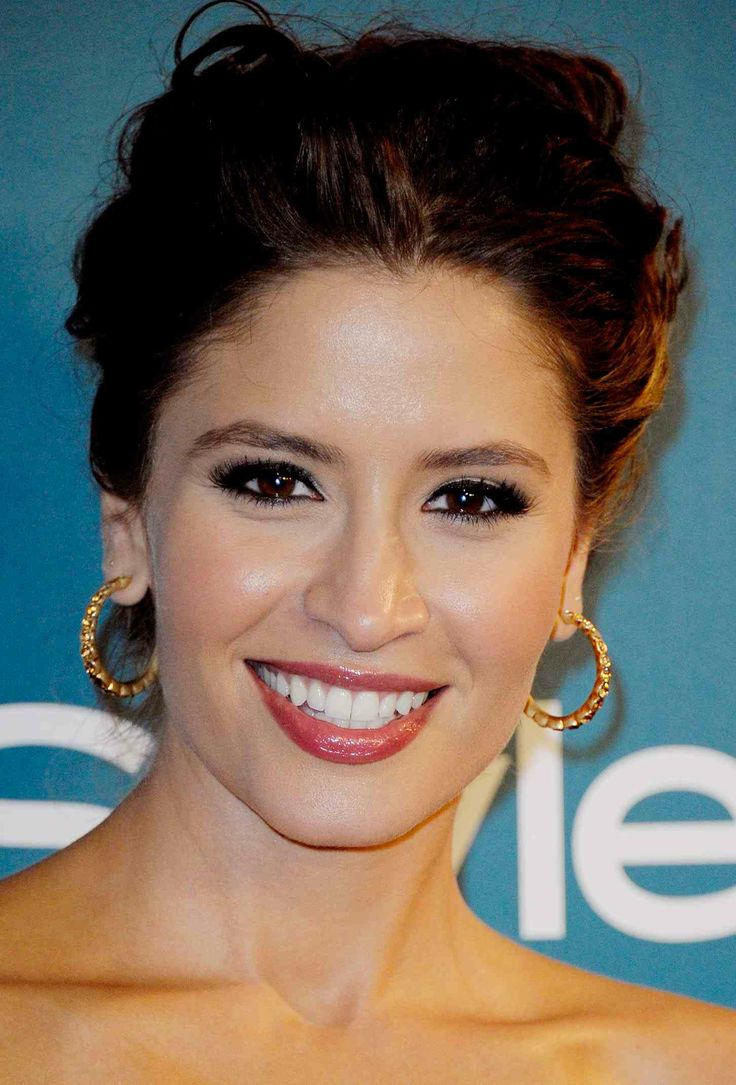 Mercedes Masohn, Actor InStyle Party with an up do and red lips