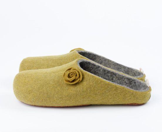 esgii felt slippers, handmade with love by women in Mongolia. Fair trade