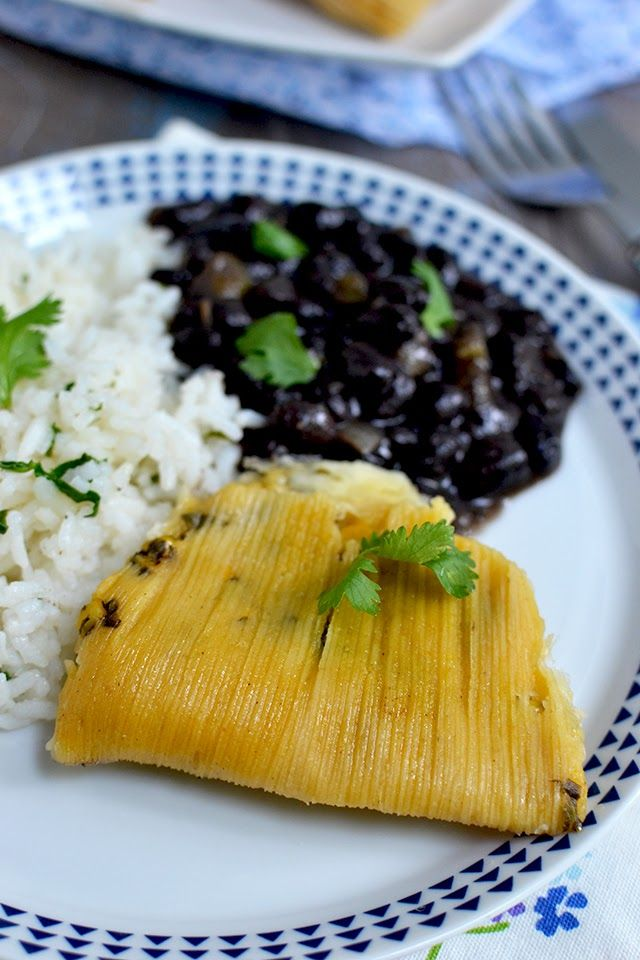 Vegetarian Tamales with Spinach, Corn and Cheese Filling