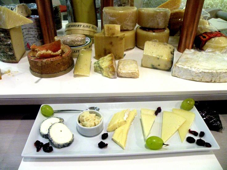 Manglano para tomar: El mejor lugar de Valencia para degustar quesos y otros manjares