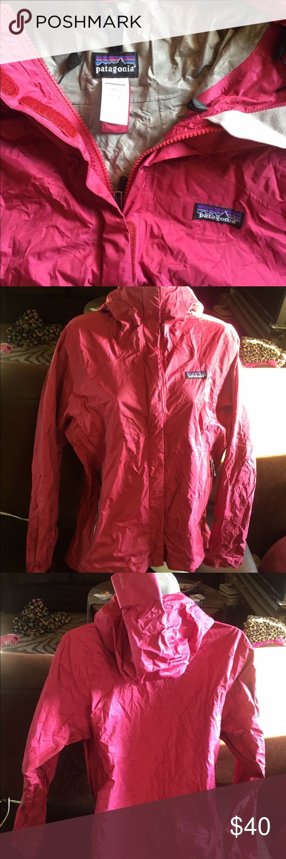 Women's Patagonia rain jacket M Women's paragonia rain jacket M size Patagonia Jackets & Coats Utility Jackets