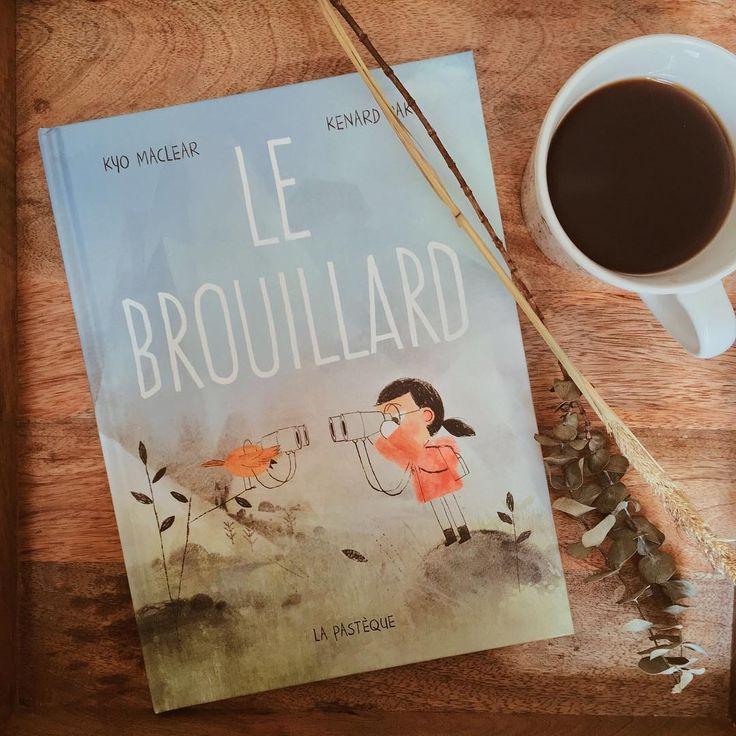 Journée parfaite pour lire au lit ❄️ que lisez-vous? On vous souhaite une belle journée de calme.. et de lecture ! ✨ #lefilrougelit
