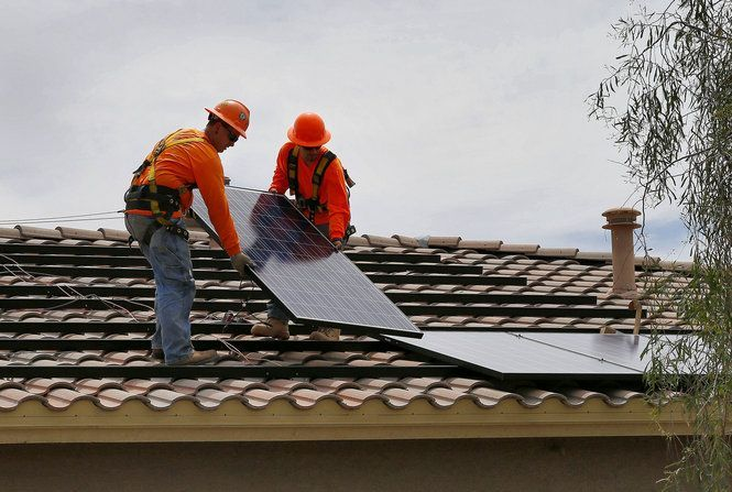 Con Edison and SunPower Corp  are offering solar power