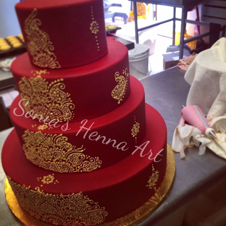Henna Cake by Sonia's Henna Art Henna Artist in Toronto Mehndi design on cake