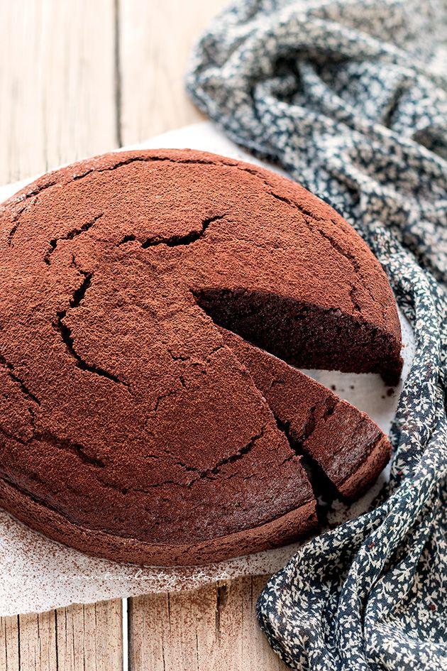 Torta al cioccolato senza burro, velocissima e facile - Ricetta