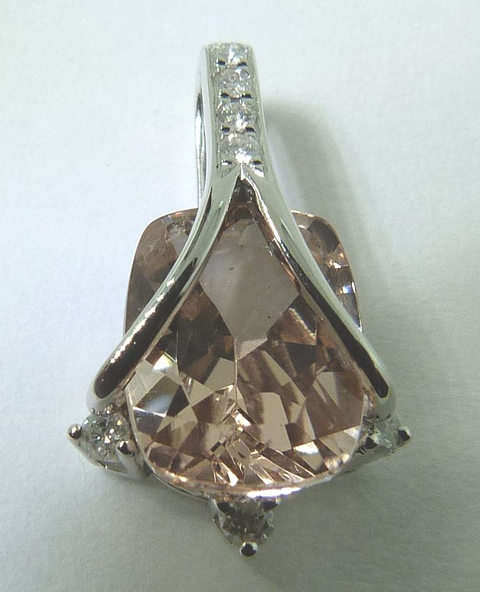 We love Morganite www.troyshoppejewellers.com