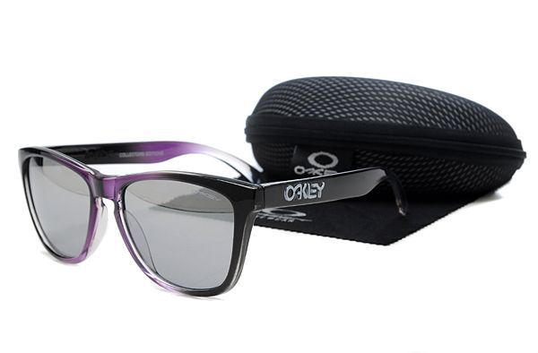 $10.99 Perfect Oakley Frogskins Sunglasses Black-purple Frame Gray Lens Flash Buy www.oakleysunglassescheapdeals.com