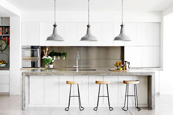 Kitchen envy. LOVE those stools.   image via Belle Magazine.