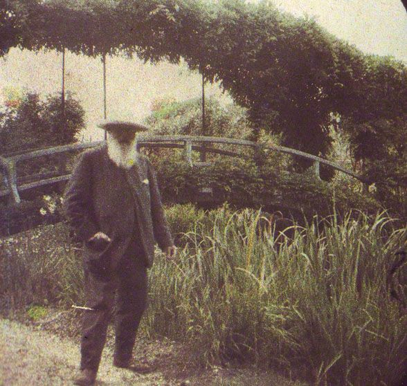 Claude Monet in his garden in Giverny, France: Claud Monet, Water Gardens, Claude Monet, Impressionist Painters, Gardens Wall, Photo, Ever-Living Garden, French Impressionist, Monet Gardens