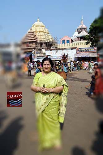 Bollywood Playback & Vajan Singer Anuradha Paudwal visited Shree Jagannath Temple | PURIWAVES