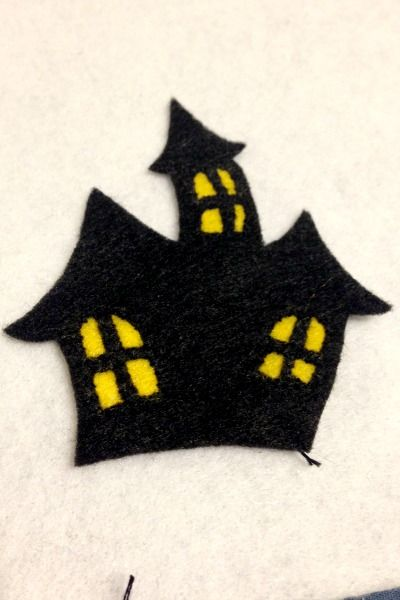 Felt Halloween Ornaments Tutorial and Free Pattern More