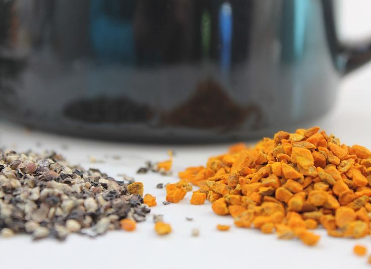 a Turmeric Fact: adding black pepper to your favorite turmeric dish increases the bioavailability of curcumin (turmeric 's active ingredient) by 2000%! Normally curcumin is metablized by the body but black pepper contains peperine which increases absorption of curcumin in the body! Hint hint - each of our Turmeric Teas blends contain black pepper!    #turmericteas #preventativecare #hollistichealing #superfood #superspice #wellness #organicTO #blackpepper #dynamicduos #turmeric