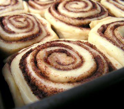 Mangio da Sola: Cinnamon Rolls - Taste Just like Cinnabon...I used to ...