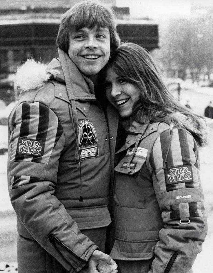 Mark Hamill y Carrie Fisher en el set de 'El imperio contraataca', dirigida por Irvin Kershner, 1980.