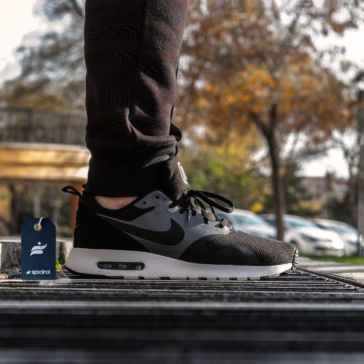 Bu hafta sonunda çok güzel bir hava bizi bekliyor. Nike Air Max hafta sonuna hazır ya sen?  Link Profilde👆  Ürün Kodu : 718895-008 Numara Aralığı : 41/45 WhatsAppSipariş 📲 0554 491 30 40  #nike #nikeairmax #nikeshoes #airmax #airmaxtavas #shoes #sneakers #sporayakkabı #ayakkabı #718895