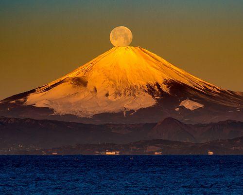 2017 Pearl Fuji | 三浦半島 秋谷海岸 | Shinichiro Saka | Flickr