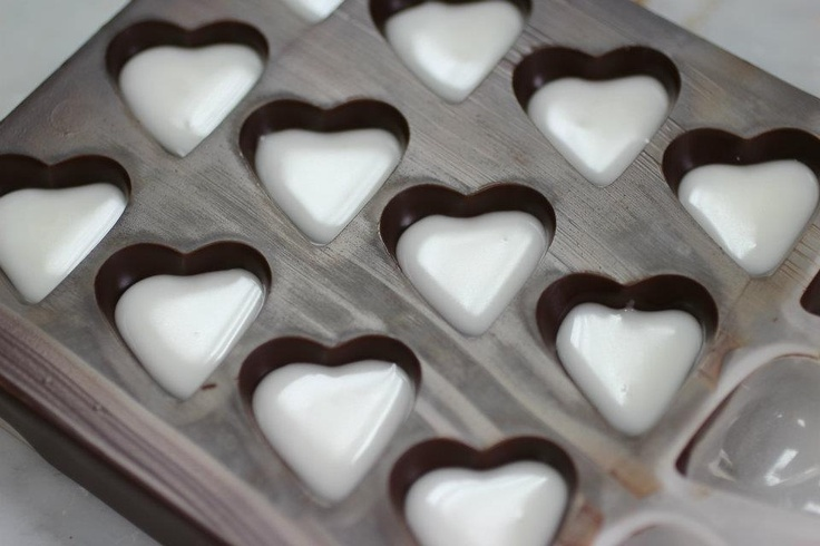 Making Rose Fondant Hearts.    When Coco Siren and artist Ania went to chocolate school she took along her camera - we love the results!
