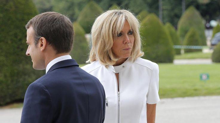 C'était une promesse de campagne d'Emmanuel Macron. Et pourtant, le fait d'accorder un statut et un budget à la Première dame, Brigitte Macron, provoque des remous au sein de la classe politique. C'est notamment le cas de certains parlementaires de la majorité présidentielle. «Je serais d'avis qu'on reste comme avant et qu'il n'y ait pas vraiment d'enveloppe budgétaire pour elle», a ainsi déclaré Géraldine Bannier, députée MoDem de la Mayenne.