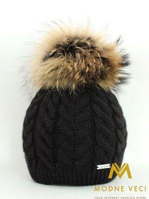 Dámska čiapka  s bambuľou z pravej kožušinky -čierna 10